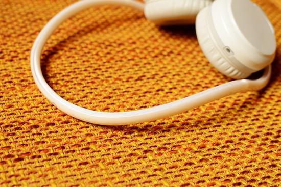15 耳机横梁.jpg