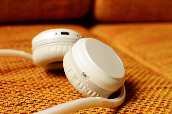37 耳机舒适度.jpg